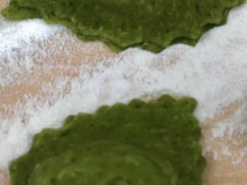 Cappelletto verde con zucca, amaretti e mostarda
