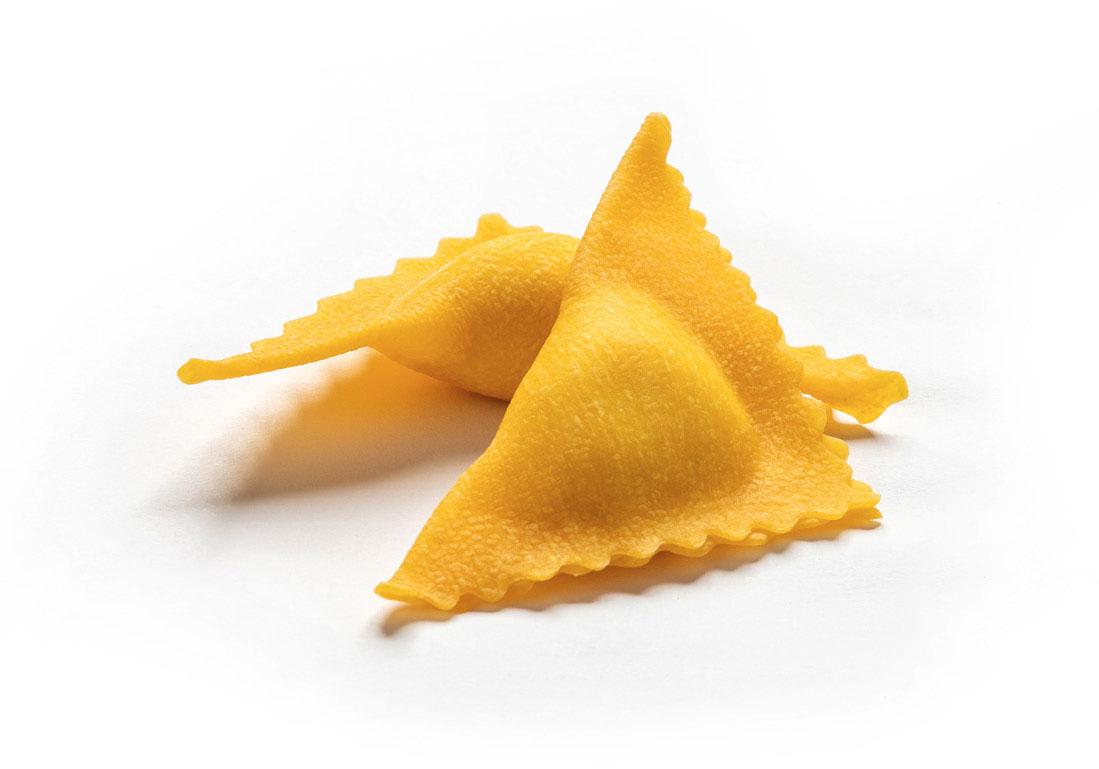Triangoli al formaggio e spinaci